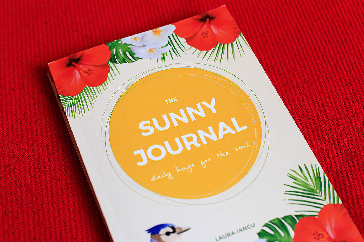 Keeping a daily journal can be incredibly beneficial and can help you move your life forward more easily. No wonder so many successful people journal every day! If you're a dream-chasers, goal diggers or go-getters, The Sunny Journal is for you! Grab your copy in Amazon!